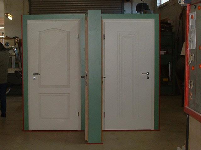 Türen weiß  Fenster und Türen